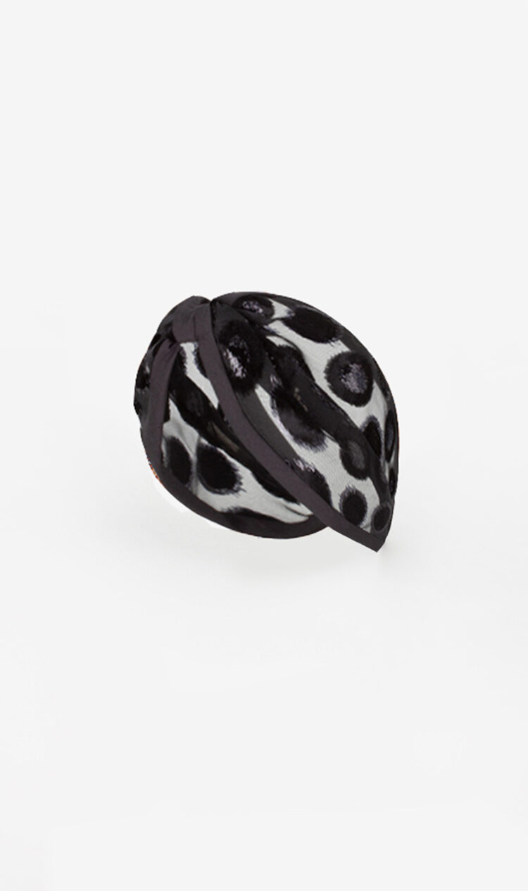 Black circle headband