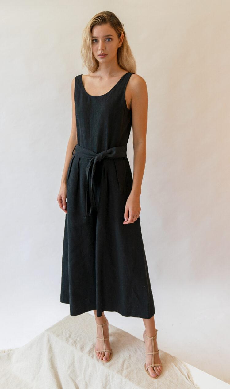 Black sleeveless scoop back linen jumpsuit