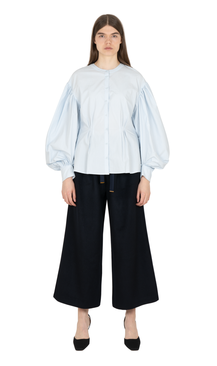 Sky cinched illusion shirt