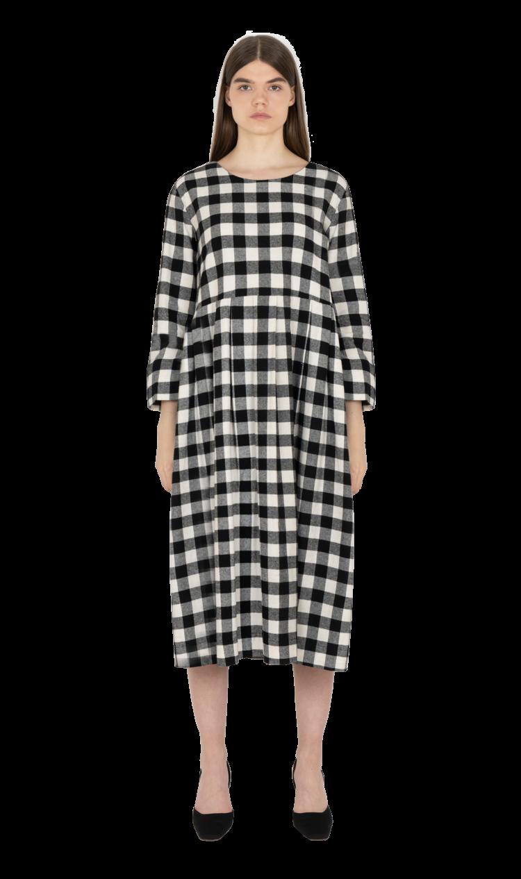 Black-check pleated smock dress